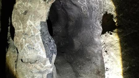 「48Hrs」探访韭园溶洞: 意外发现神秘壁画(预告片)