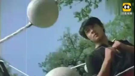 李连杰年轻时练武视频流出, 这种方式估计成龙、甄子丹都做不到!