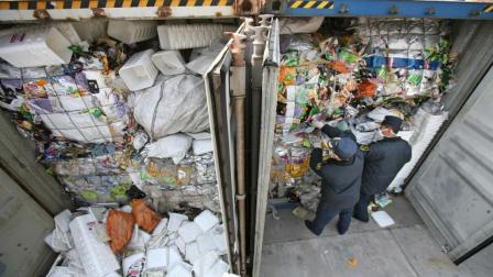 中国进口的几百吨洋垃圾, 到底都做什么用了? 说出来你都不敢相信