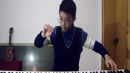 感谢恩师吕教授给我上了九节作曲课 献上一首 即兴创作的钢琴曲《小小不倒翁》。18.01.14