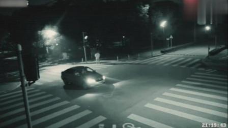 监控拍摄: 深夜拍到鬼魂真实救人一幕