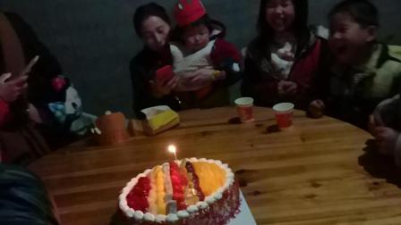 生日快乐过生日吃生日蛋糕0114中国吃播美食视频