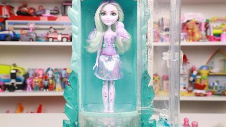 水晶冰雪公主闪粉风暴纹身机玩具分享 童话高中芭比娃娃玩具