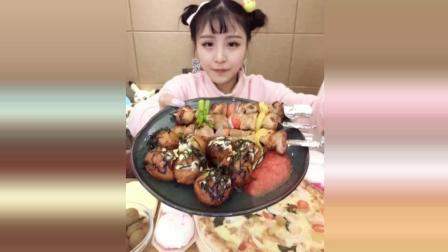 大胃王猫妹妹狂吃一盘章鱼小丸子, 一口一个停不下来, 巨能吃!