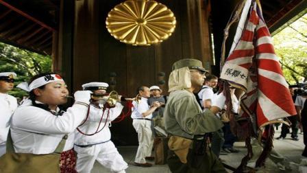 为什么日本右翼份子总要拜靖国神社? 看完我愤怒了