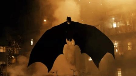经常看蝙蝠侠电影, 你知道蝙蝠侠是怎么来的吗? 5分钟看懂克里斯托弗·诺兰的《侠影之谜》