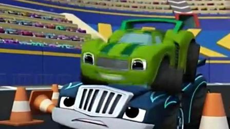 旋风战车队: 怪兽战车们变身怪兽赛车, 好神奇!
