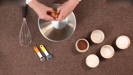 慕斯蛋糕教程红丝绒玛德琳蛋糕的做法烘焙食谱