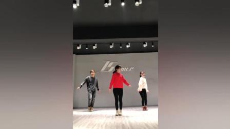红绍愿舞蹈