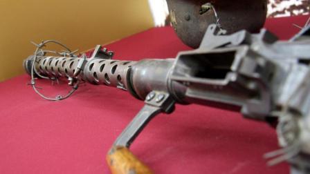 都说希特勒电锯恐怖, 其实比他还早的MG13机枪也很疯狂