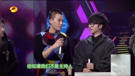 何炅吐槽: 我夏天和谢霆锋一个休息室都没敢问他要微信! 说出原因大家都笑了!