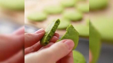 美味的抹茶饼干, 做起来超简单, 在家就能做, 没有烤箱的先收藏起来