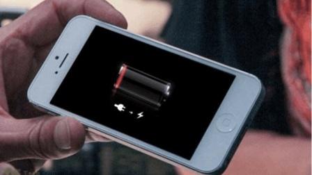 手机是先插电源还是先插手机? 大部分人做错了, 现在教你正确方法