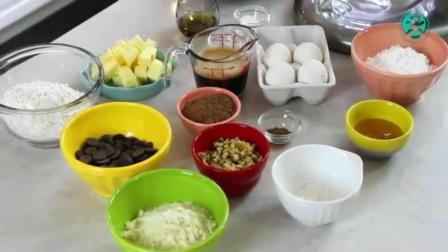 蛋糕制作过程 烘培培训速成班 玛德琳蛋糕的做法
