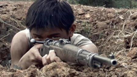 小狙击手在炮声掩护下打冷枪, 一枪一个, 鬼子毫不知情!