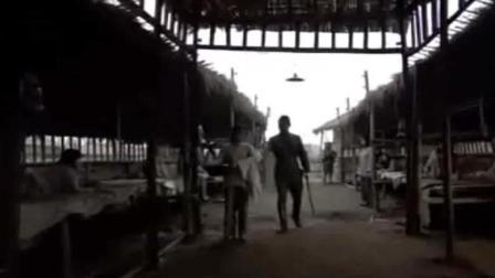 集中营女上尉被日军带走换上了旗袍装, 悲惨