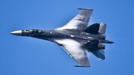 F-22不败神话破灭! 苏-35登场后轻松赶跑, 中国这波没买亏!