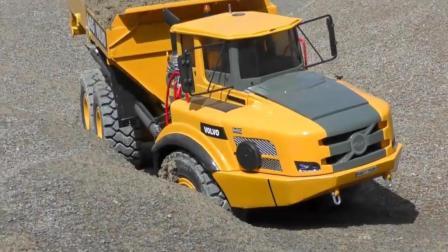 都说沃尔沃这辆载重卡车性价比真的不高, 可是关键时候管用啊!