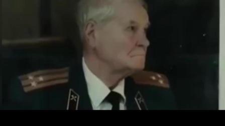 二战老兵检阅新兵, 俄罗斯征兵宣传片《阅兵》沉默中的激燃!