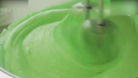 蛋糕裱花教学视频烘焙教学-好Q萌的西瓜慕斯蛋糕巧克力慕斯蛋糕制作方法