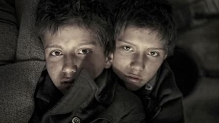 三分钟看完暗黑童年《恶童日记》, 双胞胎用日记写下了一切