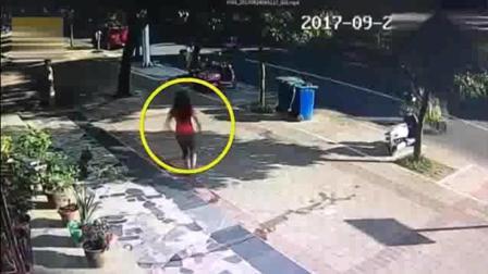 年轻女子发现情况不对撒腿就追, 监控拍下荒唐的一幕!