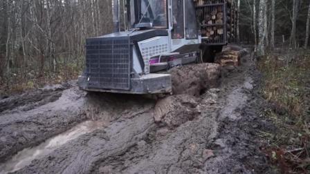 能在淤泥中满载行驶的特种卡车, 有了它就不用修路了