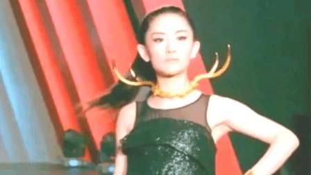 谢娜参加时尚芭莎走秀! 第一个出场何炅鸡皮疙瘩起来: 太美了娜娜