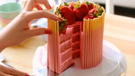 草莓巧克力棒的完美结合, 碰撞出无与伦比的美丽蛋糕