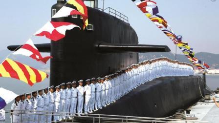 霸气! 中国亮相众多先进潜艇, 西方感慨: 武器订单都被中国抢走
