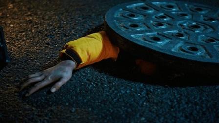 2分钟看完韩国罪电影《下水井》, 这个世界之下的罪恶