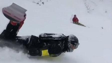 俄罗斯男子滑雪新招式  用肚子滑下欧洲最高的山峰