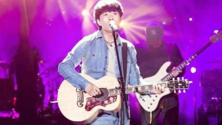 猫小然: 赵雷最新单曲《十九岁》MV, 把最纯真的故事唱给你听!