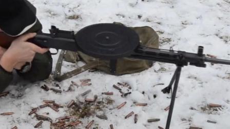 """捷格加廖夫轻机枪:二战场上的经典""""暴力割草机""""!"""