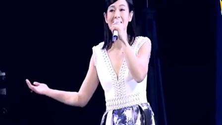 刘若英现场版《原来你也在这里》, 万人大合唱, 好听啊