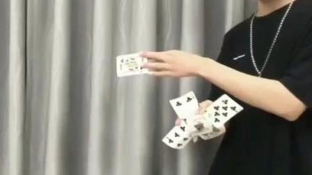 最帅魔术空手出扑克牌, 约会撩妹表演成功几率绝对翻倍, 太帅了