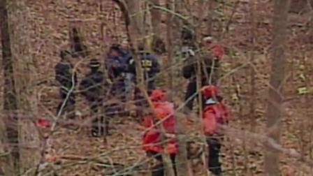 拍摄女巫布莱尔的纪录片, 然而在拍摄过程中三个工作人员全部失踪
