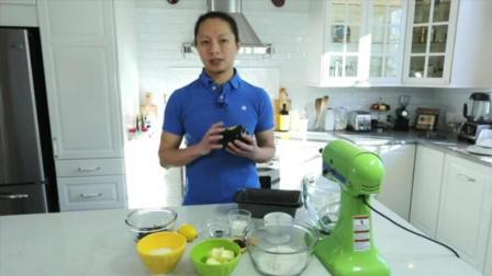 君之8寸戚风蛋糕的做法 烘焙技术培训 水果裱花蛋糕