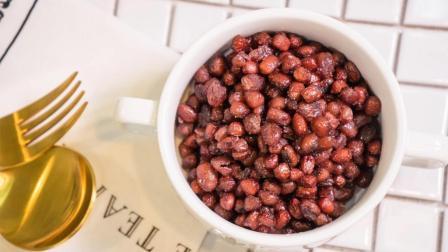 做法超简单的蜜红豆, 过年用这道零食招待客人, 吃在嘴里甜在心里!