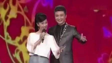 于文华和周炜搭档对唱这首歌太配了, 超越尹相杰组合, 经典之作!