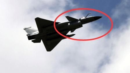 中国歼10C已就位, 隐身性能超过F22, 俄罗斯专家说出大实话
