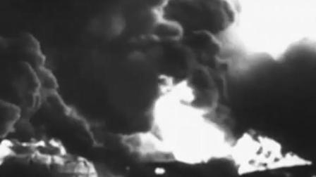 《斯大林格勒战役》德国87飞机对苏联进行轰炸,街道尸横遍野