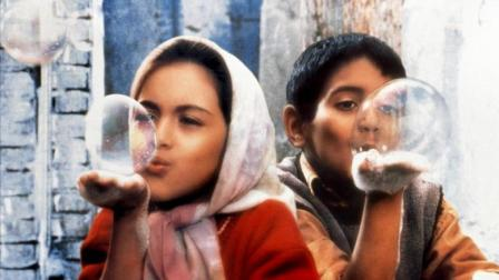 推荐高分电影《小鞋子》全球最穷的国家, 一对兄妹一双小鞋子故事
