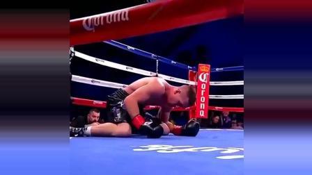 这是搏击赛场上, 最不愿看到的镜头, 只能说是一个意外!