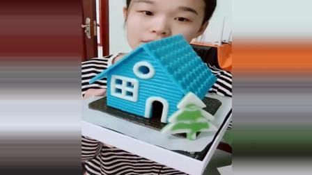 小媚爱美食: 纯手工做的巧克力房子, 很精致, 还可以吃!