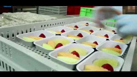 舌尖上美食: 谢霆锋体验做飞机餐, 一天竟要用10吨水果! 好想吃