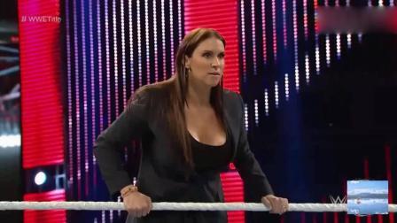 打老板连人家女儿也不放过! WWE罗曼大帝这次后悔也没有用啦