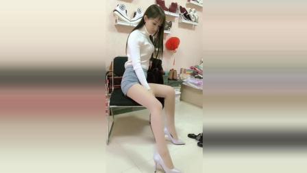 优雅大方的丝袜女家教, 大长腿配肉丝高跟鞋棒极了