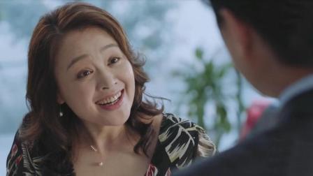 罗母偶遇靳东爸爸, 热情老妈看上毒舌老爸, 第一句话就叫老公