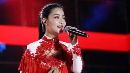 云飞、王小妮现场对唱《一对对鸳鸯》真是才子配佳人!